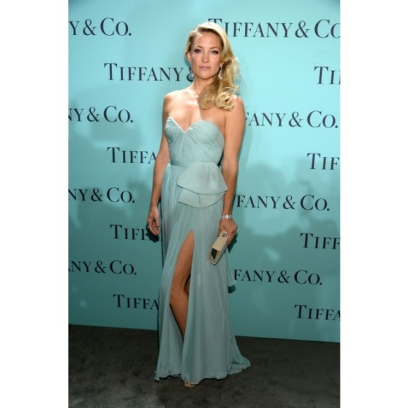 kate_hudson_tiffany_co._blue_book_ball_gown_03