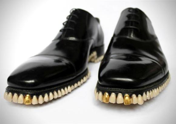 raspberry-heels-teeth-shoes-malinowe-obcasy
