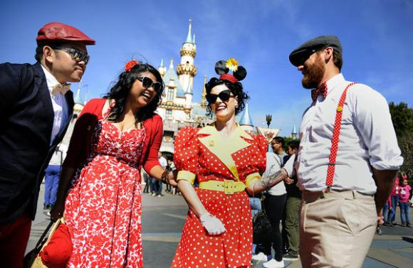 la-me-dapper-day-disneyland-pictures-20130325-001.jpeg